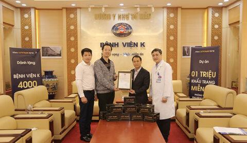 Lizn-Health-cung-icheck-trao-tang-4000-khau-trang-cho-Benh-Vien-K