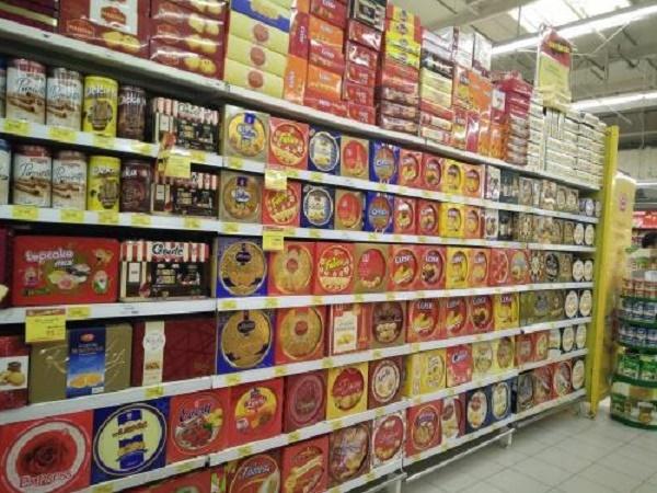 Bánh kẹo giả nhái tràn lan khắp thị trường