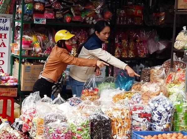 san-pham-kem-chat-luong-duoc-ban-tran-lan-tai-cho